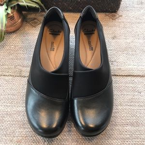 Clark's black leather channing Emma loafers sz 10